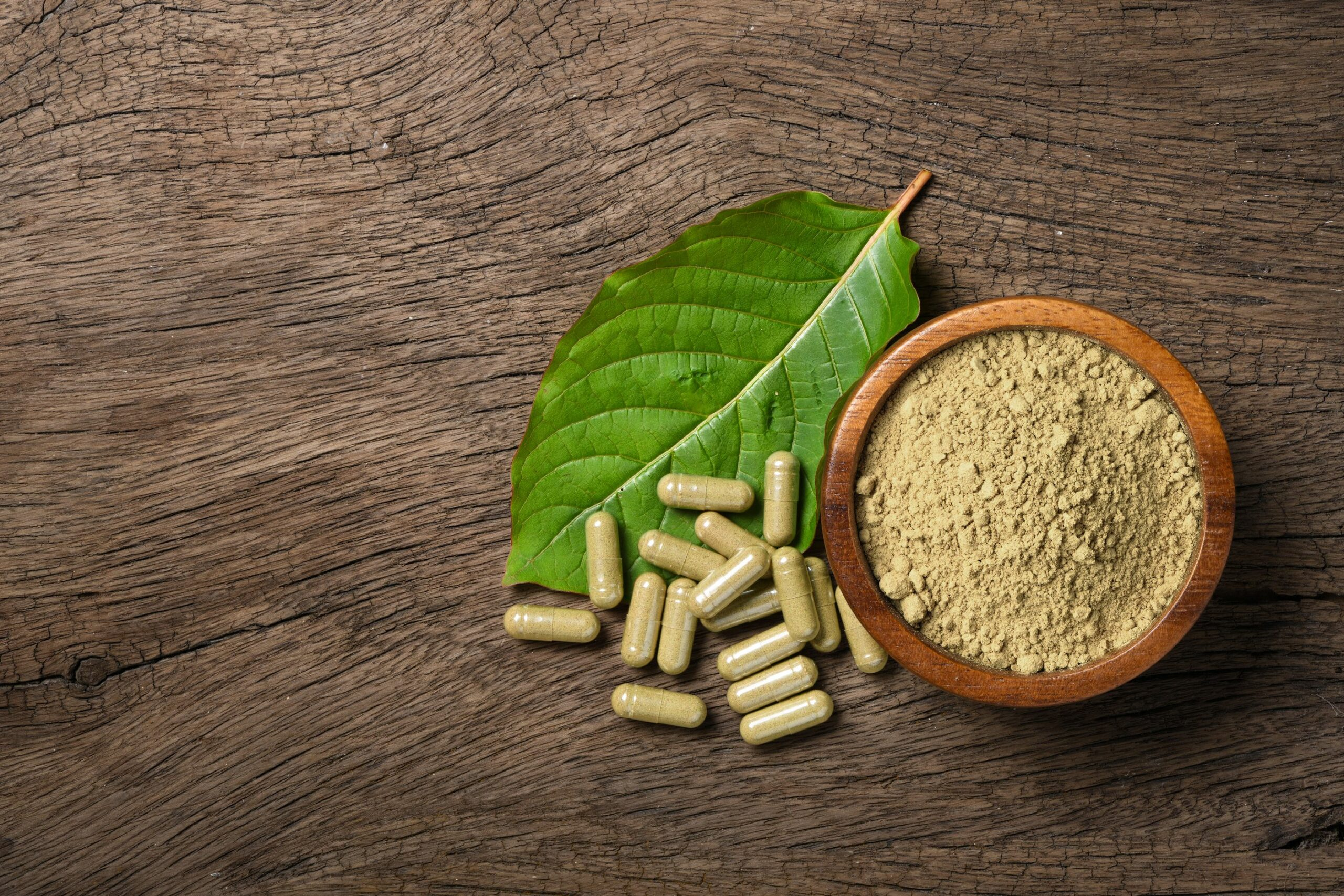 How Do Cannabis And Kratom Complement Each Other